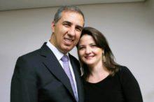 Zé Eliton e esposa